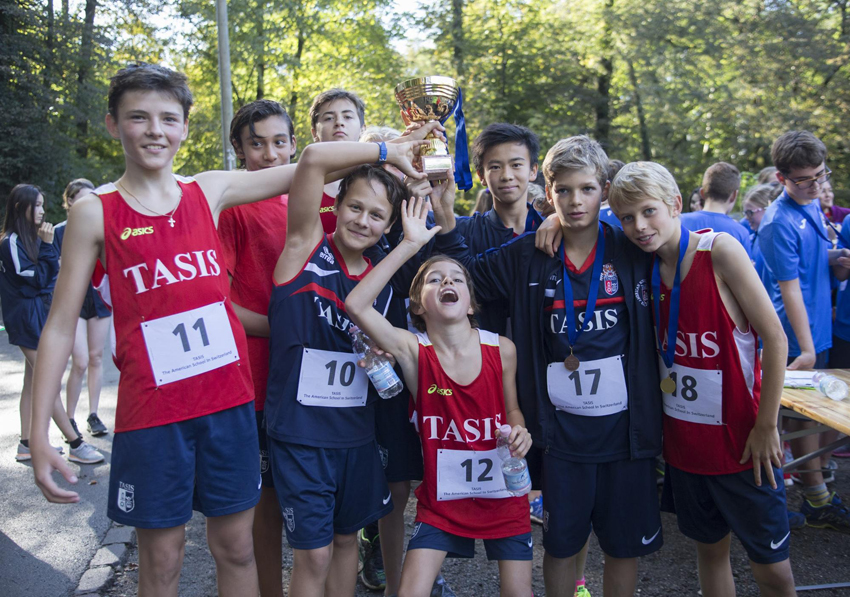 TASIS Cross Country wins 2016 SGIS