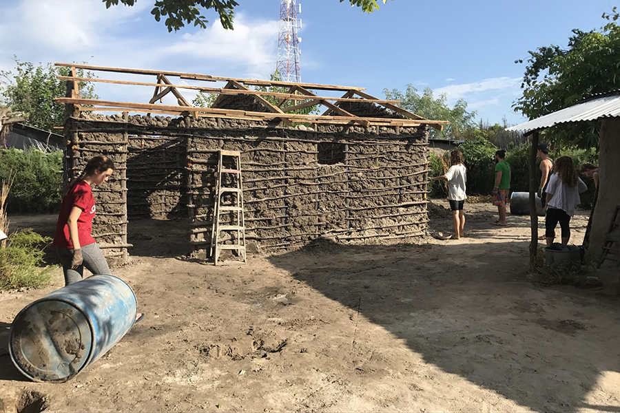 TASIS Students help build homes in Zambia