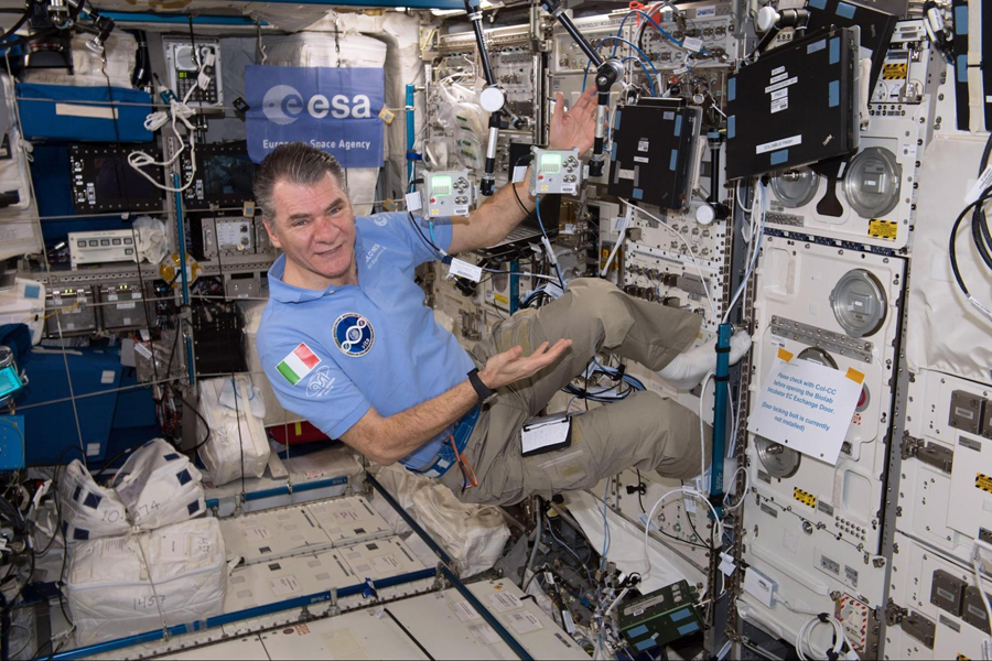 Paolo Nespoli, the scientist on the ISS who signed the students' certificates (photo credit: ESA website)