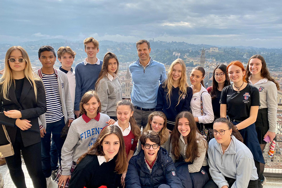 Group photo at the top of the Duomo